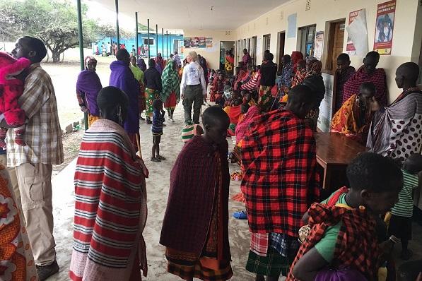 Rainbow 04/2017 Daktari for Maasai e.V