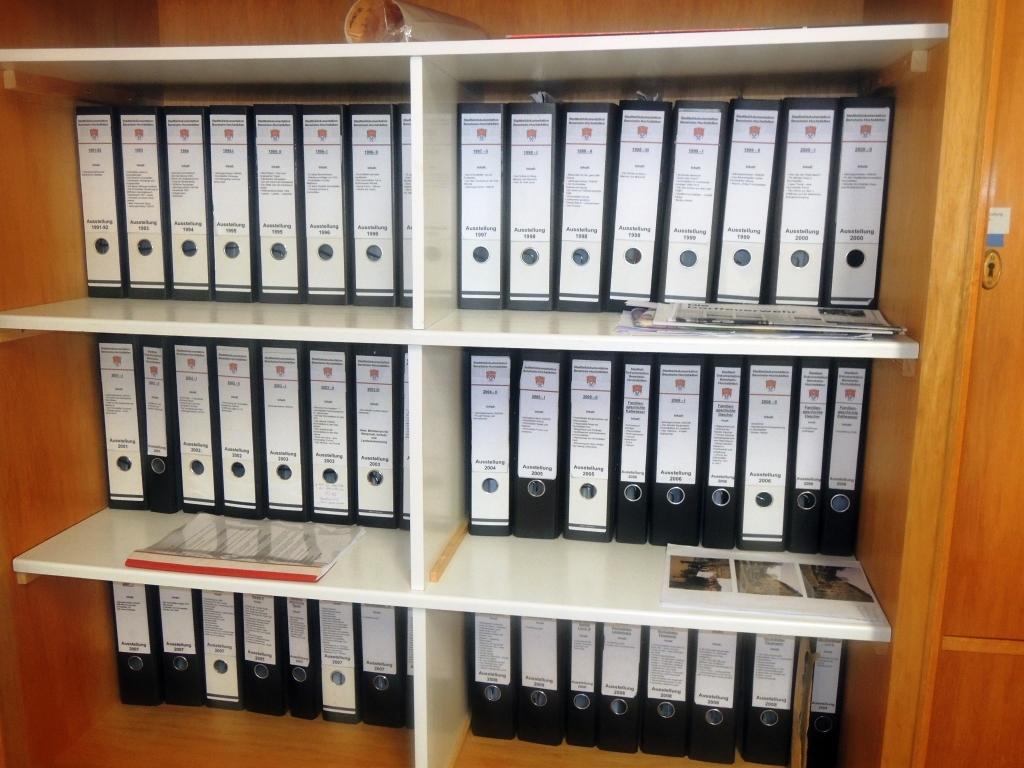 De Hochstädter Neues und Wissenswertes aus Hochstädten Stadtteildokumentation und das Hochstädter Haus