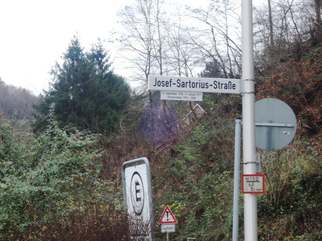De Hochstädter Neues und Wissenswertes aus Hochstädten Josef Sartorius Straße