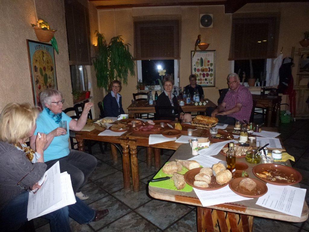 De Hochstädter Neues und Wissenswertes aus Hochstädten Verkosten der Dorfladen Gruppe