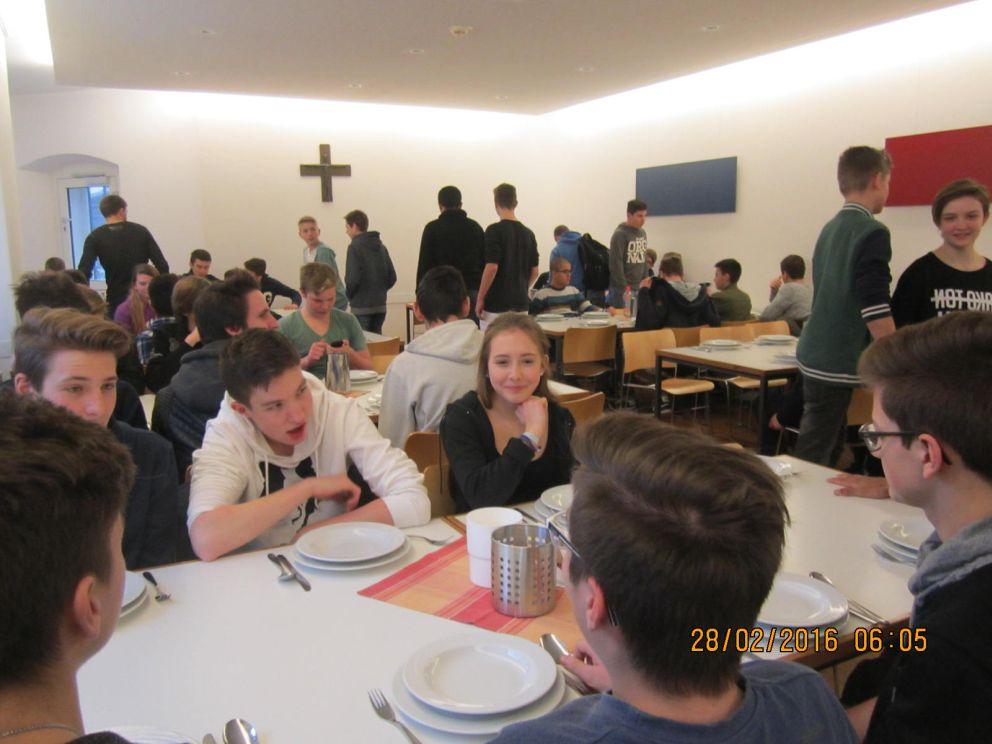 Schülerzeitung Zweite Ausgabe Religiöser Projekttag