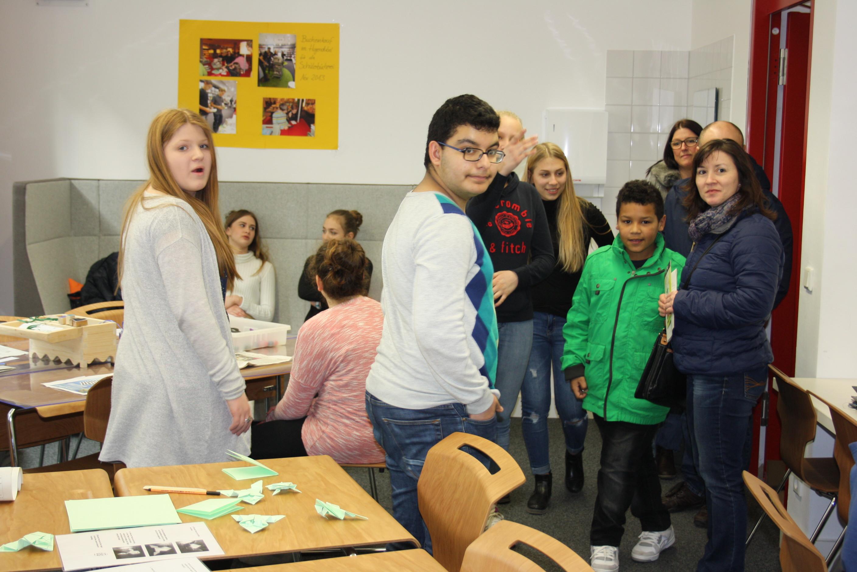 Schülerzeitung Zweite Ausgabe Tages des offenen Schulhauses